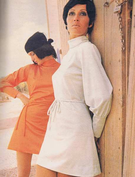 Polo Neck Dresses 70s Fashion