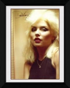 Debbie Harry – Mirror Framed Photo Poster (£7.99)