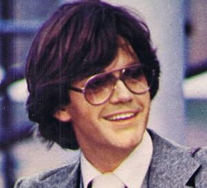 Mens 70s Tinted Sunglasses Look